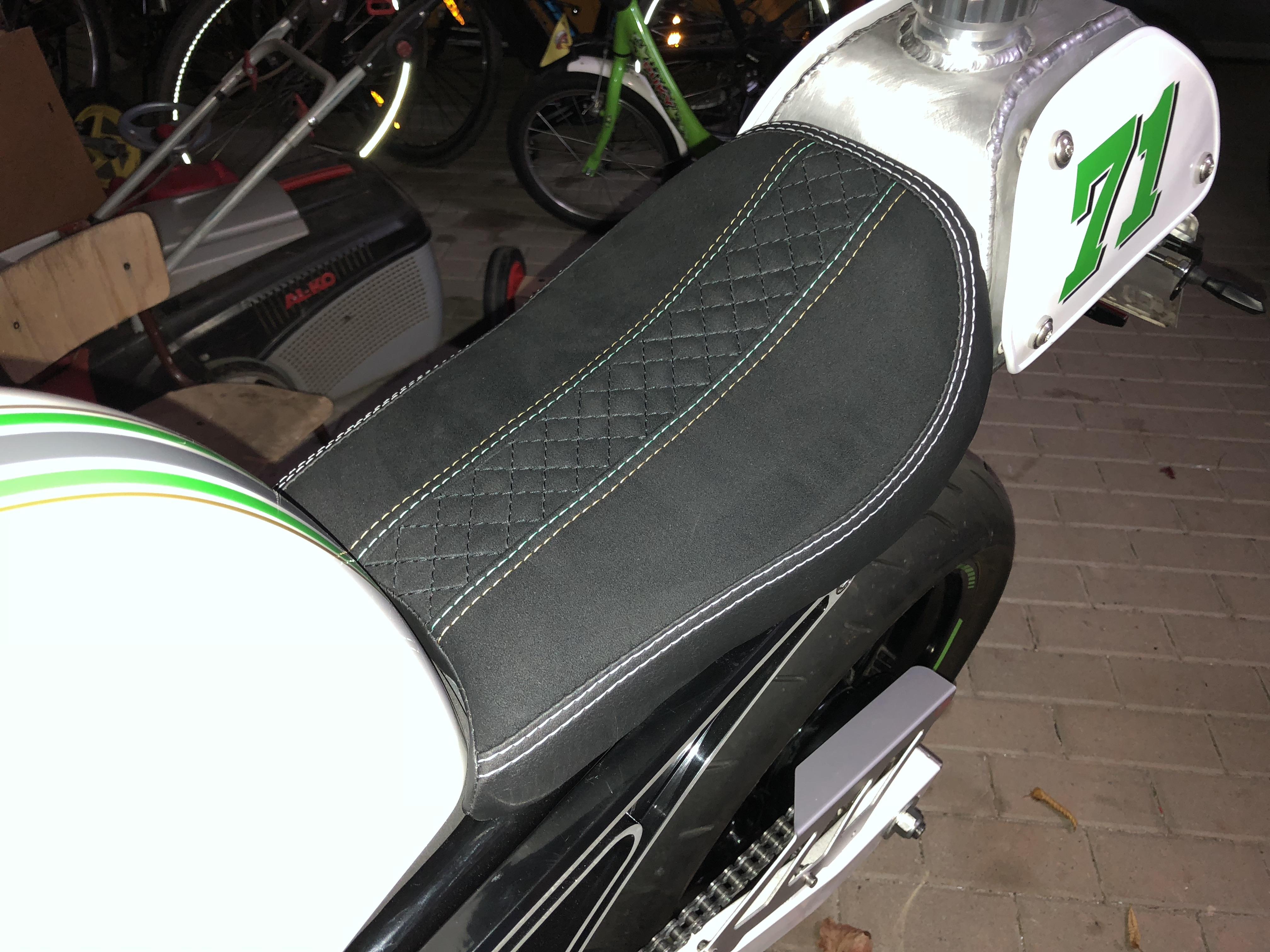 Motorradsitzbank
